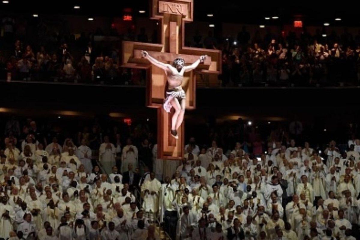 """La homilía terminó con el grito de """"¡Viva el Papa!"""". Foto:vía AFP/Getty Images"""