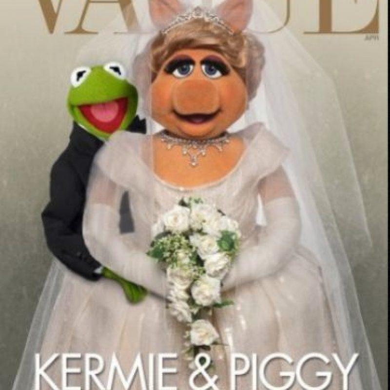 """""""Miss Piggy"""" y la rana """"René"""" Foto:Vía facebook.com/MuppetsMissPiggy"""