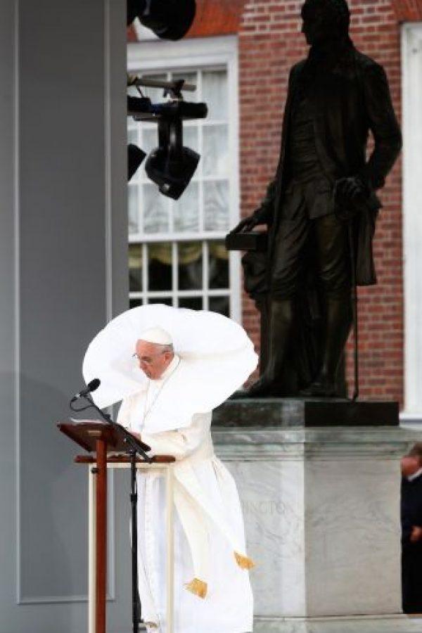 ¡O lo hace lucir así! Foto:AFP