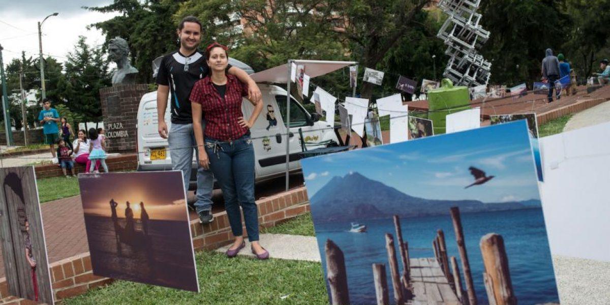 La pareja Renunciamos y Viajamos presentó sus fotos en Guatemala