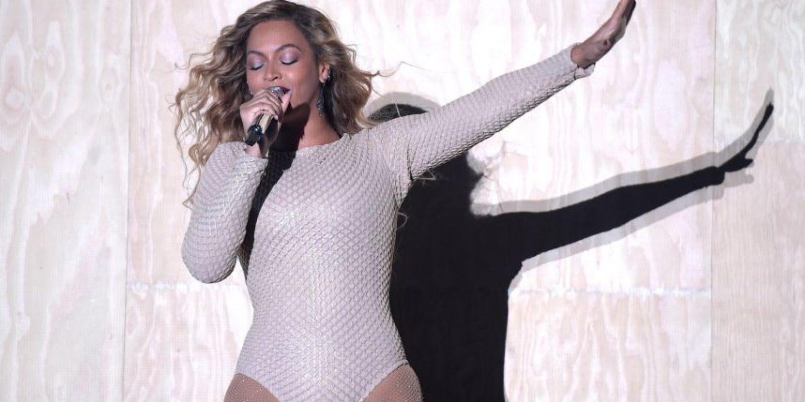 Beyoncé fue quien llamó al escenario a la primera dama luego de hacer su presentación. Foto:Getty Images