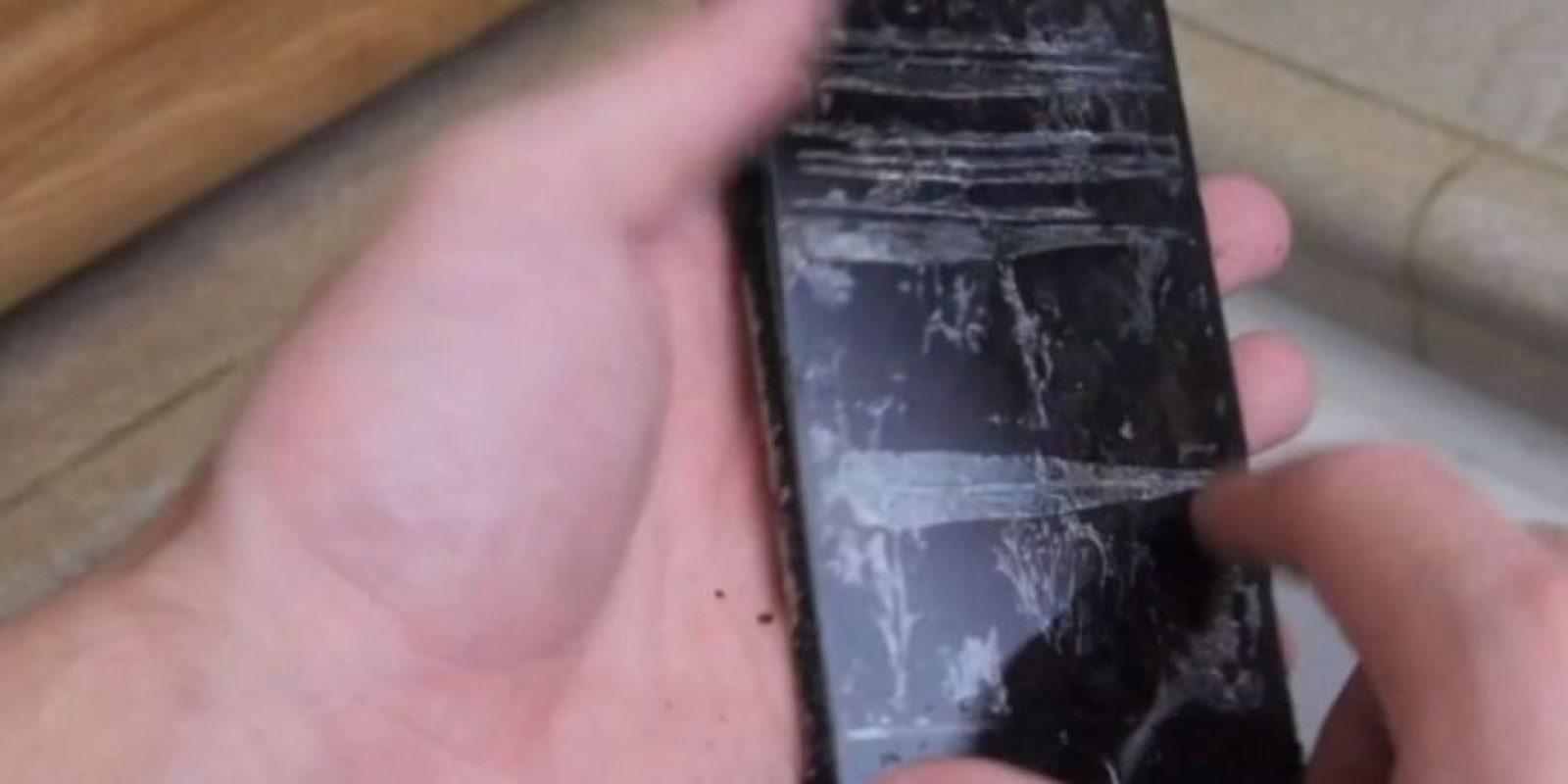El iPhone 6 ya no sirvió. Foto:vía TechRax