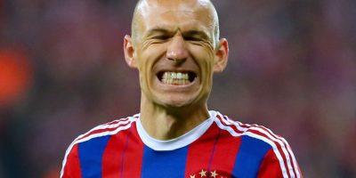 El atacante holandés del Bayern Munich sufrió una lesión muscular hace varias semanas y podrá volver a las canchas hasta mediados del mes de octubre. Foto:Getty Images