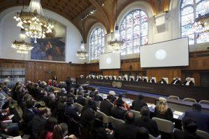 Nicaragua y Colombia se encontraron ante la Corte Internacional de Justicia para definir si el tribunal puede fallar en dos juicios. Foto:AP