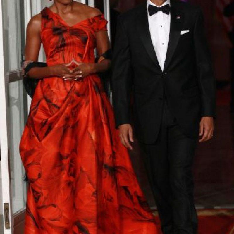 La primera dama bromeó con que no puede abrir las ventanas en la Casa Blanca por motivos de seguridad. Foto:Getty Images