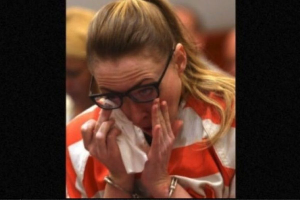 Ella se declaró culpable de todos los cargos y le escribió una carta al juez, en la que pedía no ir a la cárcel. Podría salir libre en 2017 Foto:AP