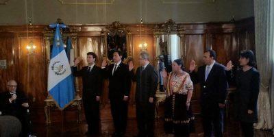 Dos exdiputados son juramentados como ministros de Estado