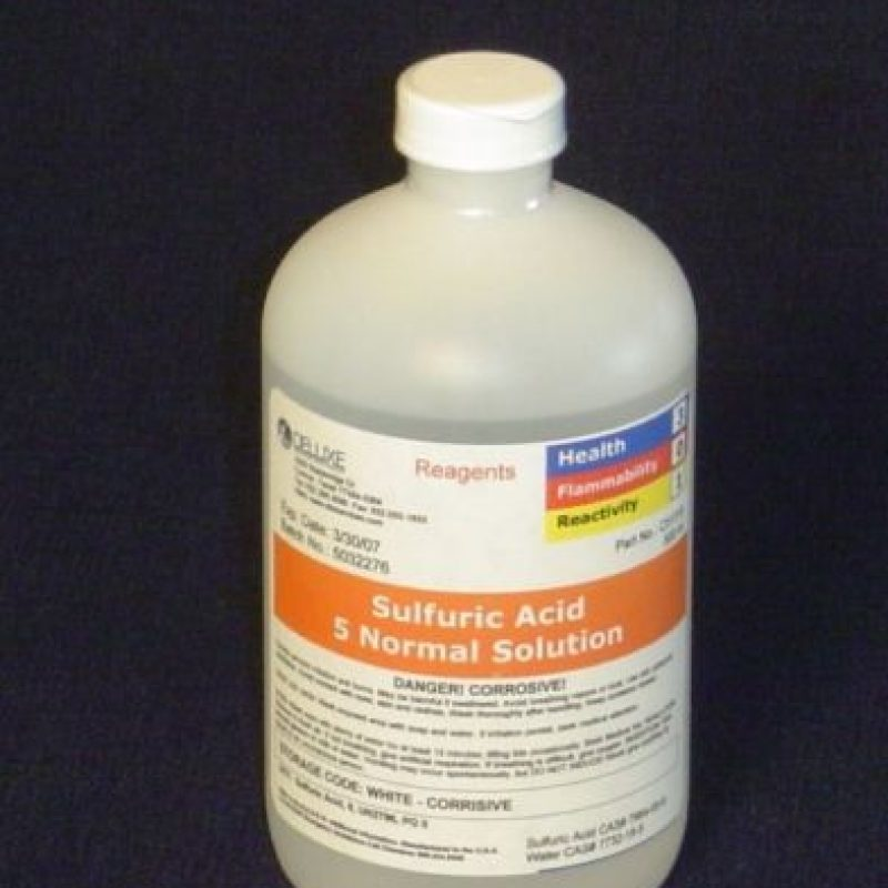 Los tipos de ácido más comunes en estos ataques son el ácido sulfúrico, el ácido nítrico y el ácido clorhídrico, este último fácilmente accesible como producto de limpieza en muchos países. Foto:Pinterest