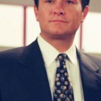 """Arturo Peniche era el abogado """"Edmundo Serrano"""". Foto:vía Televisa"""