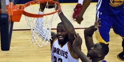 La estrella de los Cavaliers estará en las pantallas de la red social más popular del mundo. Foto:AFP