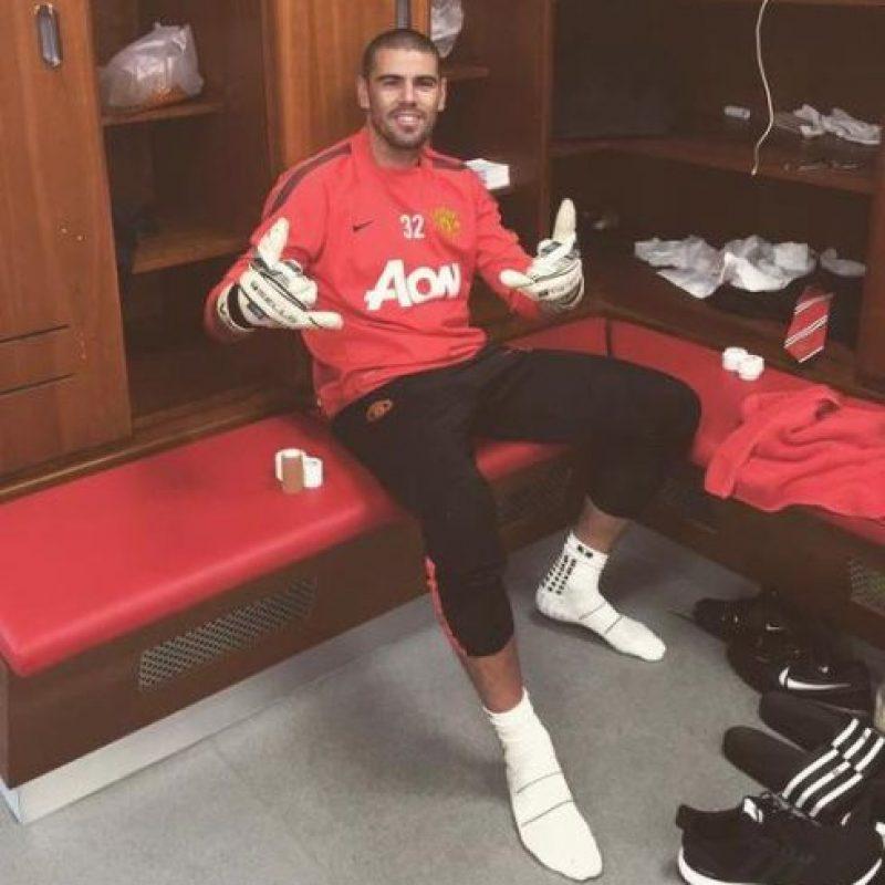 Todo porque de acuerdo al exentrenador de Holanda, Valdés no quiso jugar con las reservas del club. Foto:Vía twitter.com/1victorvaldes