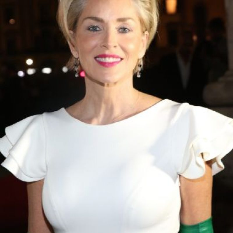 La actriz es dueña de una escultural figura a sus 57 años… Foto:Getty Images