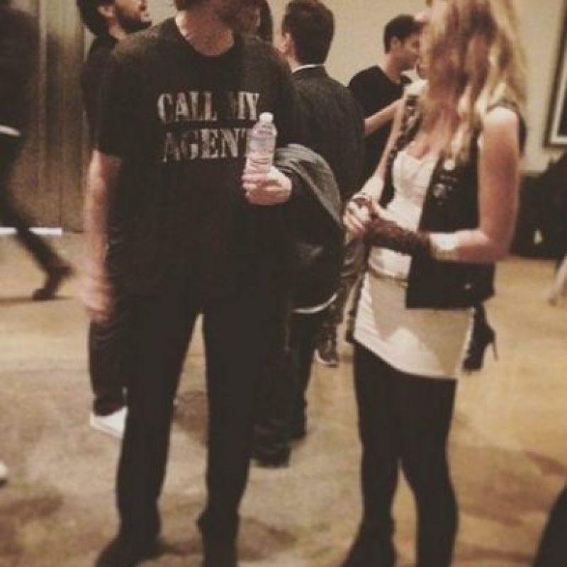 Mientras Carrey disfrutaba de la fiesta del diseñador BLAKHAT. Foto:vía instagram.com/nebraskaj