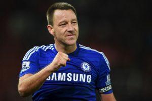 Terry recuperó el gafete en marzo de 2011, pero lo volvió a perder en 2012 cuando fue acusado de proferir insultos racistas a Anton Ferdinand en un duelo entre Chelsea y QPR de la Premier League. Foto:Getty Images