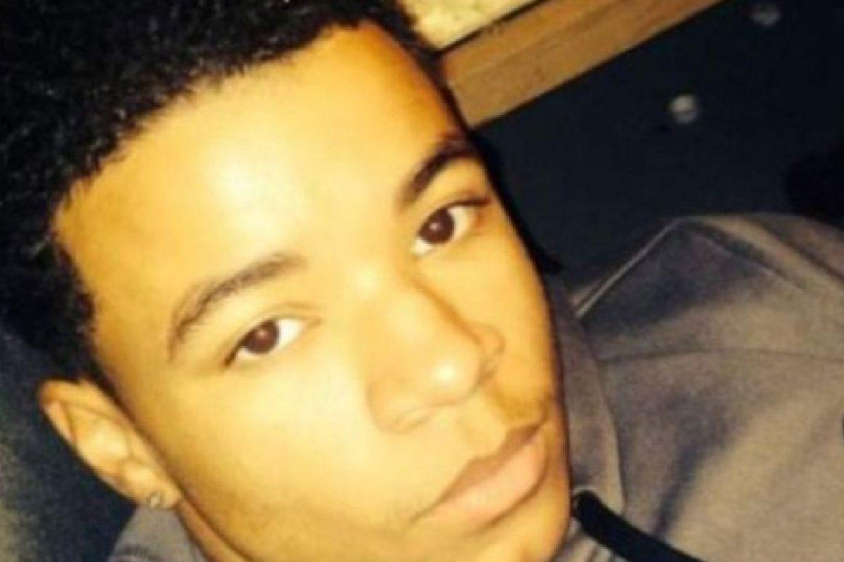 Maxwell Marion Morton, de 16 años de edad, se tomó un selfie junto al cuerpo de su amigo y fue detenido por presunto asesinato. Foto:vía Pittsburgh Tribune-Review