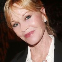 La actriz dice estar feliz con su apariencia. Foto:vía Getty Images