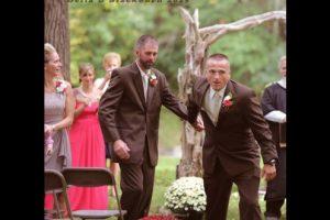 Con la intención de hacer feliz a su hija el día de su boda. Foto:Vía facebook.com/DeliaDBlackburnPhotography