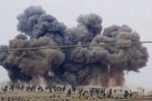 También atacaron algunas zonas de ciudades como Raqqa, la cual está en posesión de ISIS Foto:AP