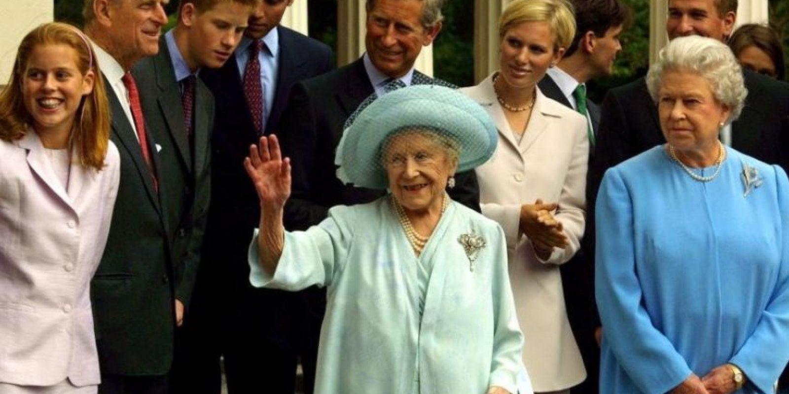 El hecho de que la reina Isabel II sea la reina de Inglaterra no la hace la mujer más rica del país. Foto:Getty Images