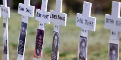 En la Columbine High School, Colorado, murieron a manos de dos pistoleros 13 personas. Foto:Getty Images