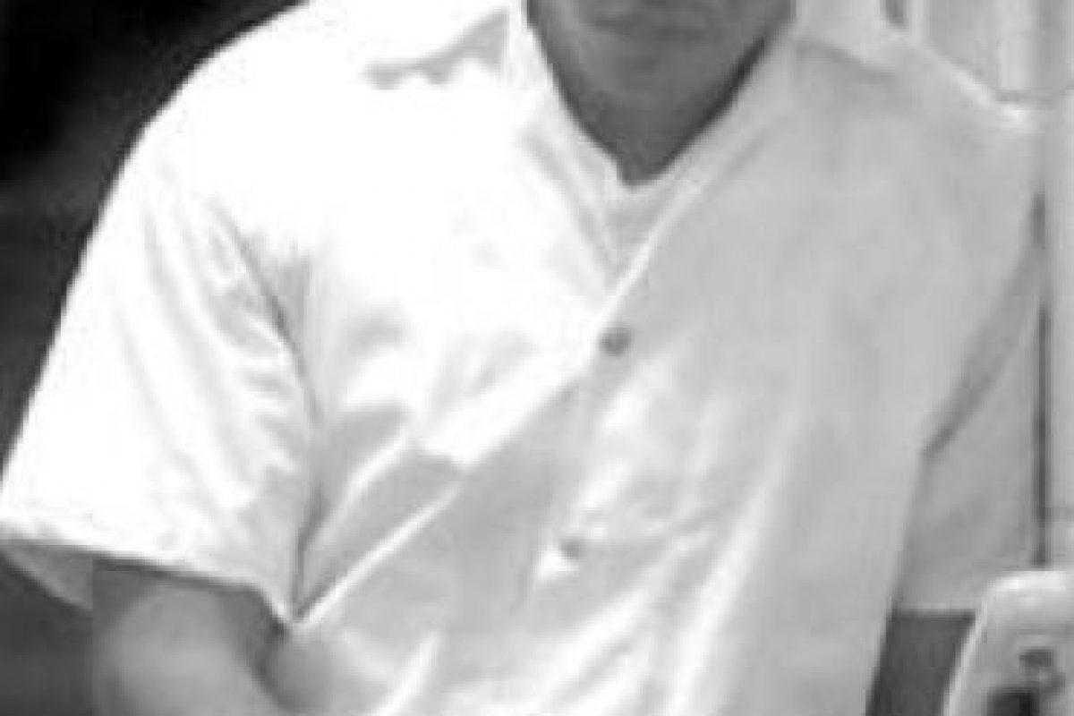 """Cinco de sus quince hermanos fueron asesinados. Esto obligó a su familia a irse del país. Su madre lo visitó en una prisión de mediana seguridad luego de mucho tiempo. """"Popeye"""" dice que él no tuvo nada que ver con el atentado. Fue el exjefe paramilitar Fidel Castaño quien cumplió la macabra orden de Pablo Escobar. Foto:vía Wikipedia"""
