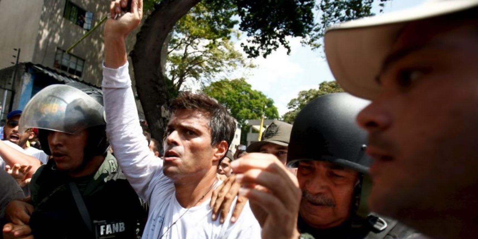 Quienes lo acusaban de cuatro delitos: instigación pública, daños a la propiedad, incendio y asociación para delinquir. Foto:AP