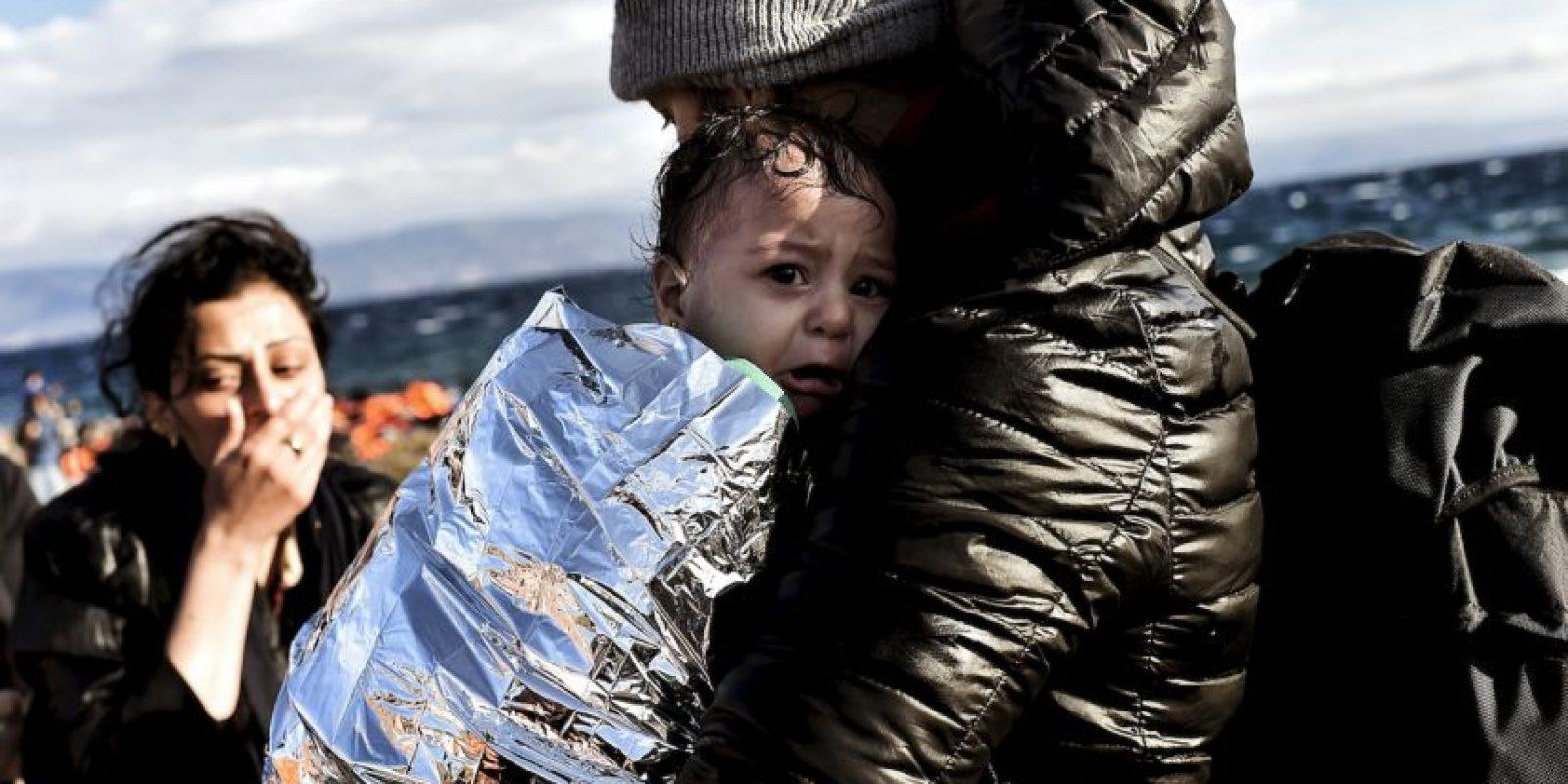 Refugiados y migrantes a su llegada a la isla griega Lesbos. Foto:AFP