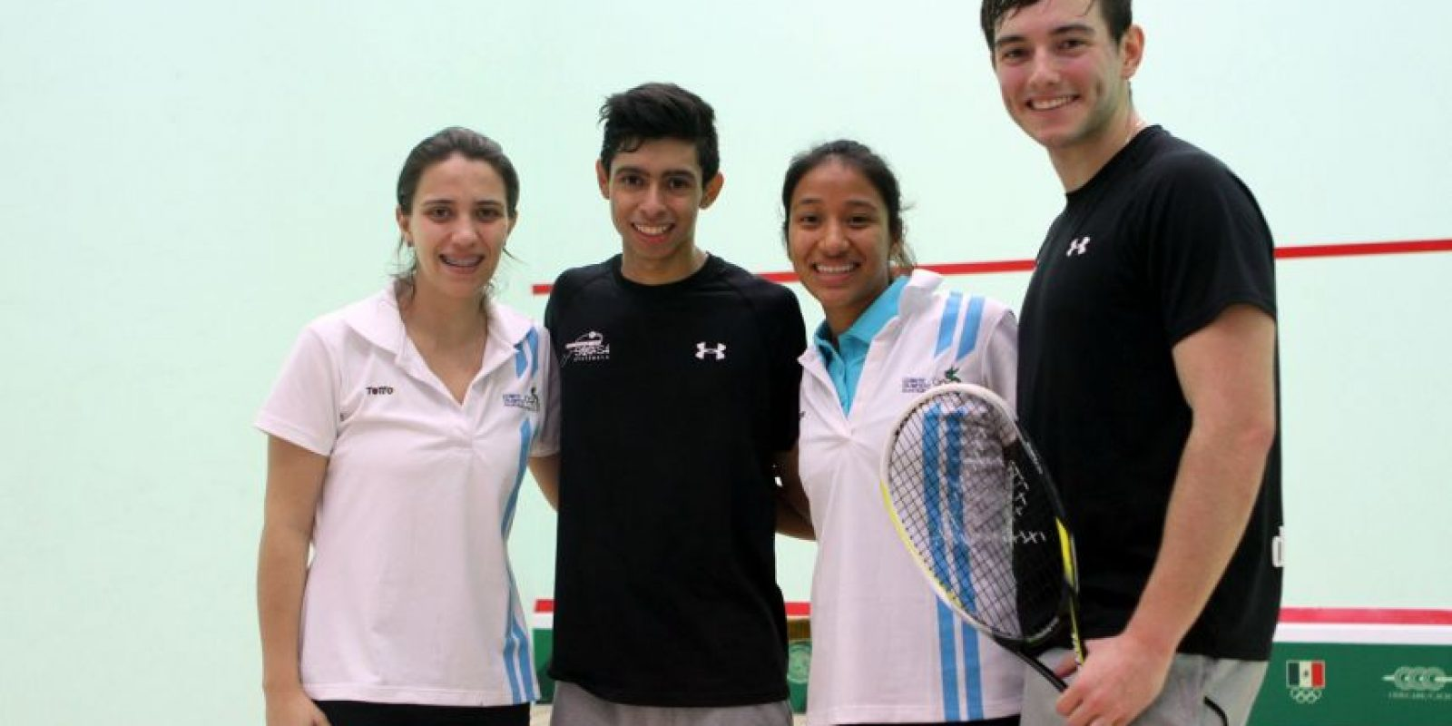 Bonilla (segundo a la derecha), de 18 años, era parte de la selección nacional. Foto:COG