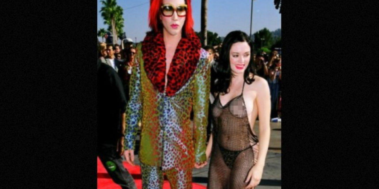 Rose McGowan se hizo famosa por este vestido. Foto:vía Getty Images