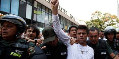Este permanece en le prisión Ramo Verde, a las afueras de Caracas. Foto:AP