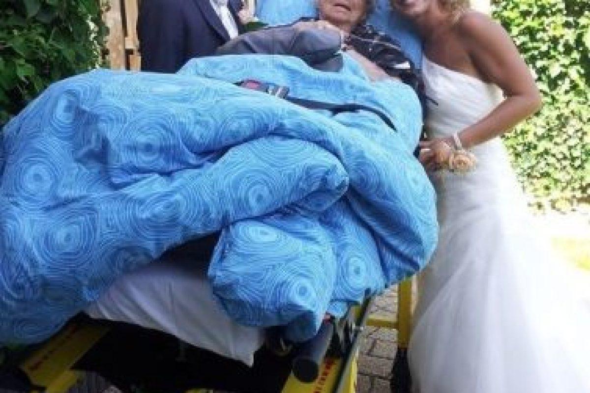 Acudir a la boda. Foto:Vía Facebook.com/wensenrijders