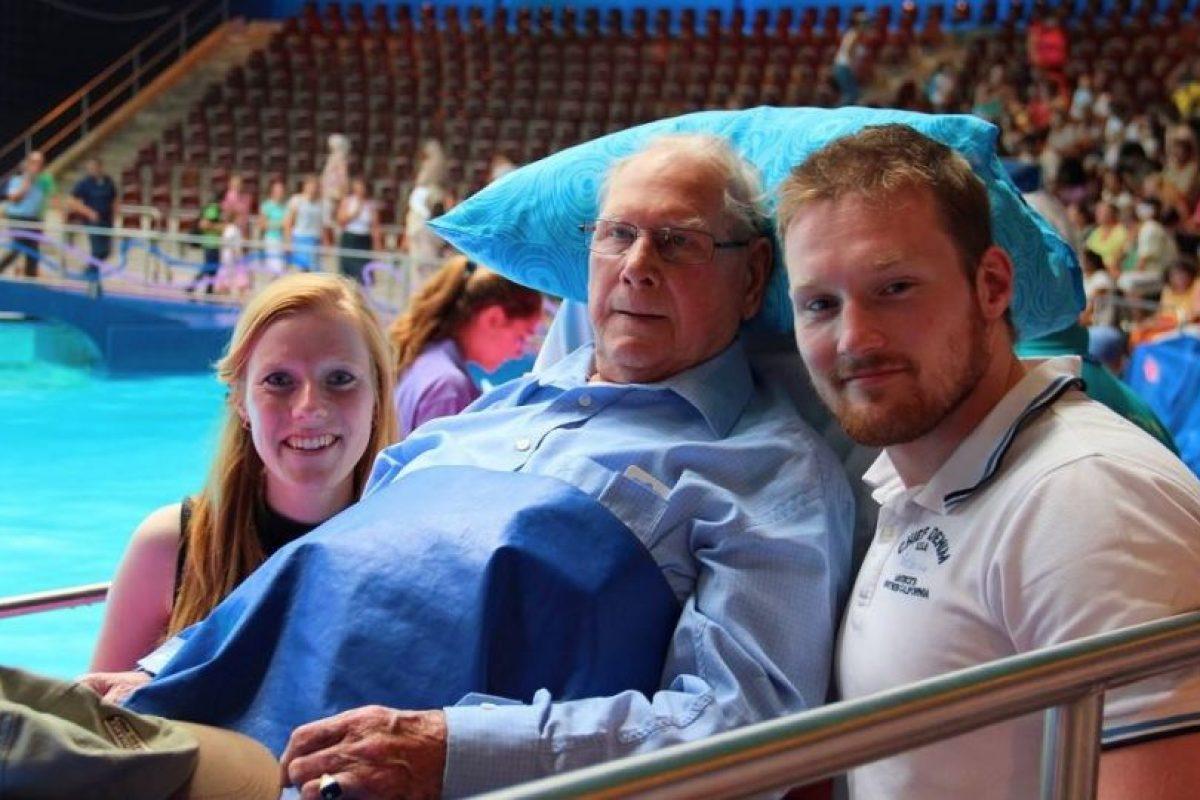 Mirar el concurso de natación. Foto:Vía Facebook.com/wensenrijders