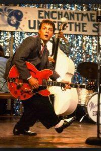 Chuck Berry no compuso Johhny be good hasta 1958, y Regreso al futuro tiene lugar en 1955 Foto:Universal Studios