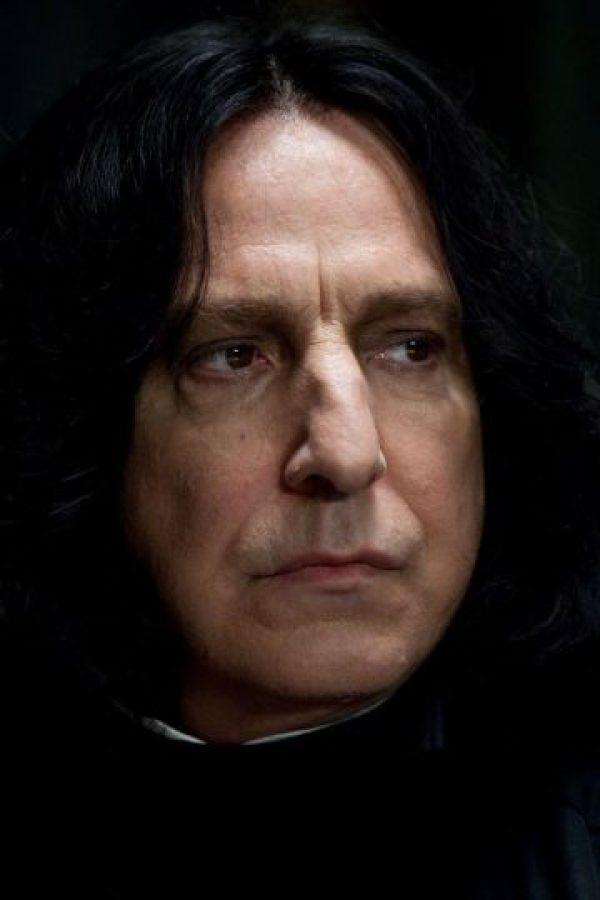 Los fans suponen que es un vampiro por su color pálido. Foto:vía facebook.com/harrypottermovies