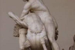 En la mitología de Hesíodo, él mata a sus hijos, y pasa duros trabajos para llegar a la inmortalidad. Foto:Wikipedia