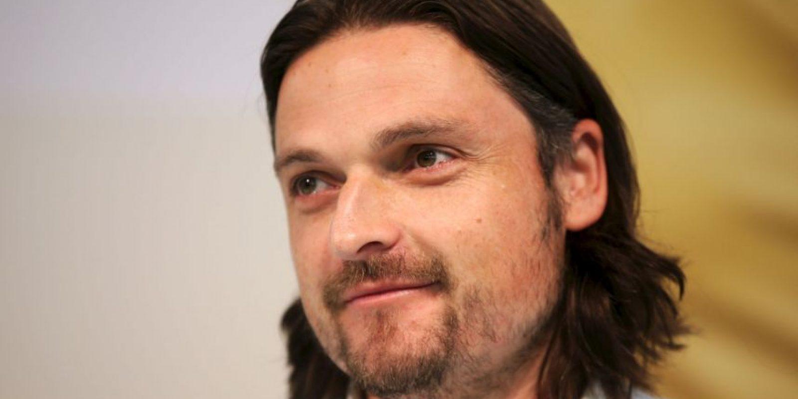 De 1991 a 2011 jugó con 25 equipos: Debutó en el FC Bad Kötzing (Alemania) y jugó en equipos como el Wimbledon FC, Nottingham Forest (Inglaterra), Vancouver Whitecaps (Canadá), y se retiró en el Ramblers FC (Namibia). Foto:Getty Images
