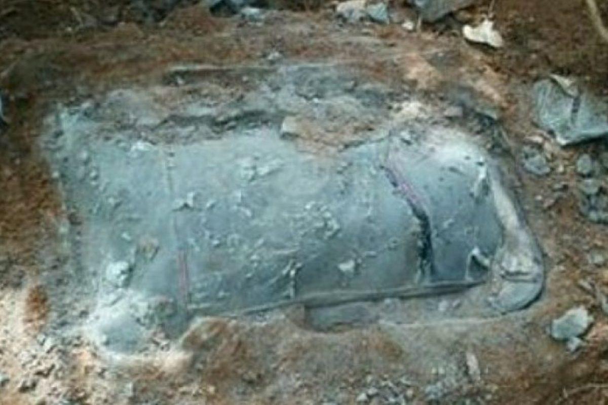 Lee metió el cuerpo de su novia en una maleta y lo cubrió con cemento. Posteriormente lo enterró en unas colinas cerca de su casa. Foto:vía Facebook.com/sunnykim1989