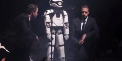 """""""My Square Lady"""" es una ópera protagonizada por un robot humanoide llamado """"Myon"""" que baila y canta en escena Foto:Frank Senftleben/YouTube"""