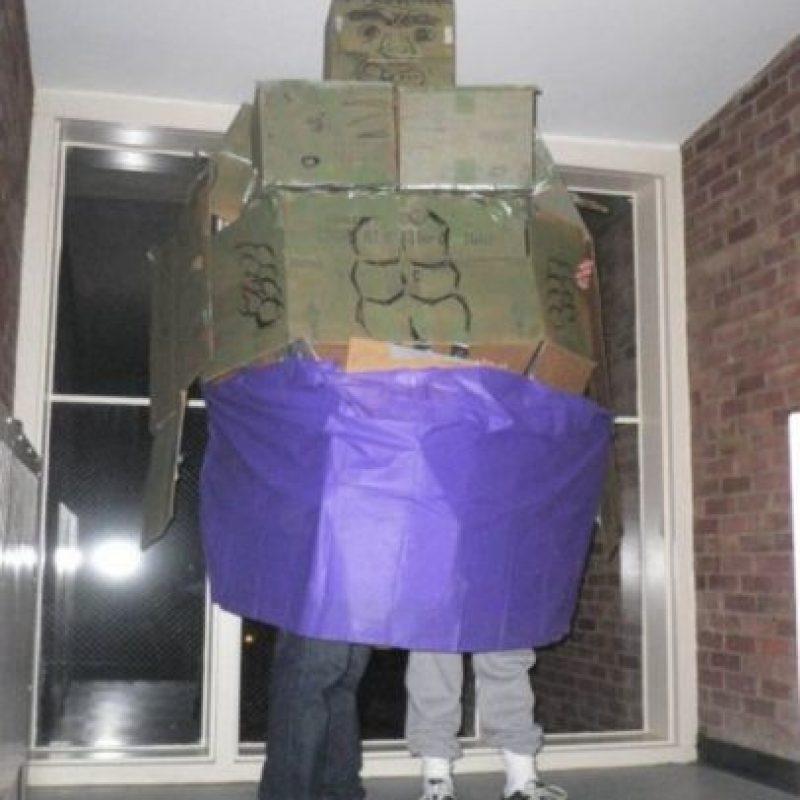 Hulk con falda. Foto:vía Tumblr