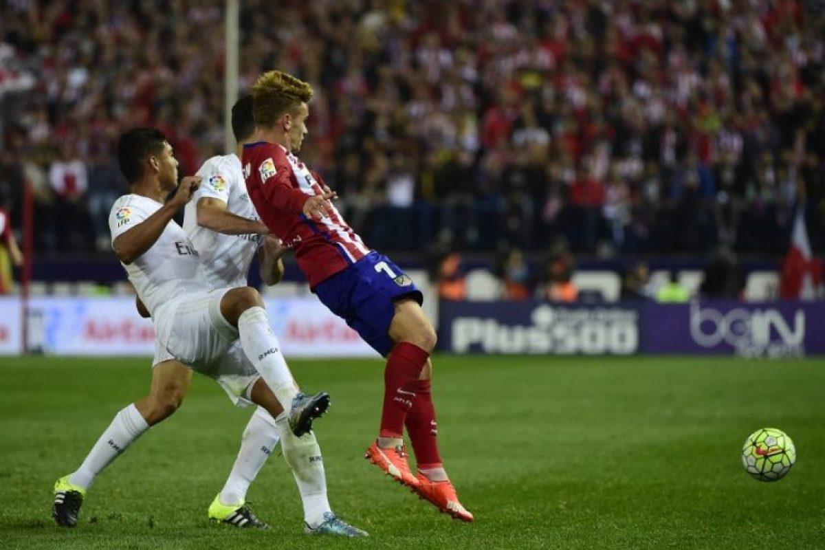 Un punto para cada equipo dejó el 1-1 entre el Atlético y el Real Madrid. Foto:AFP