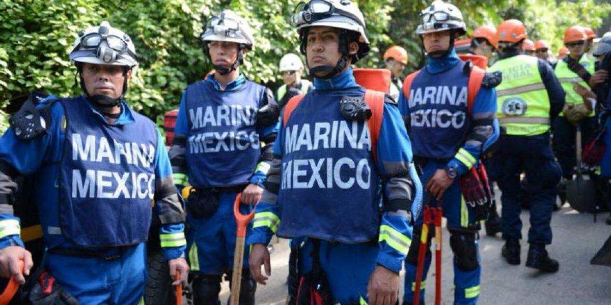 Equipo de rescate mexicano llega a El Cambray en busca de sobrevivientes