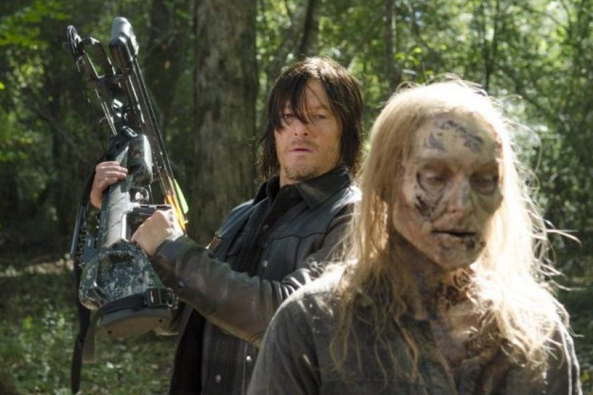 """Al principio los productores sólo querían que """"Daryl"""" apareciera en 2 capítulos, y querían que este personaje fuera el representante de la comunidad gay en el nuevo mundo. Sin embargo, """"Daryl"""" robó todos los corazones de la audiencia que los productores decidieron omitir este pequeño detalle y dejarlo para el resto de la serie. Foto:AMC"""