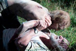 """9. Cuando muere """"Dale"""", sus tripas fueron hechas con pechugas de pollo. Foto:AMC"""