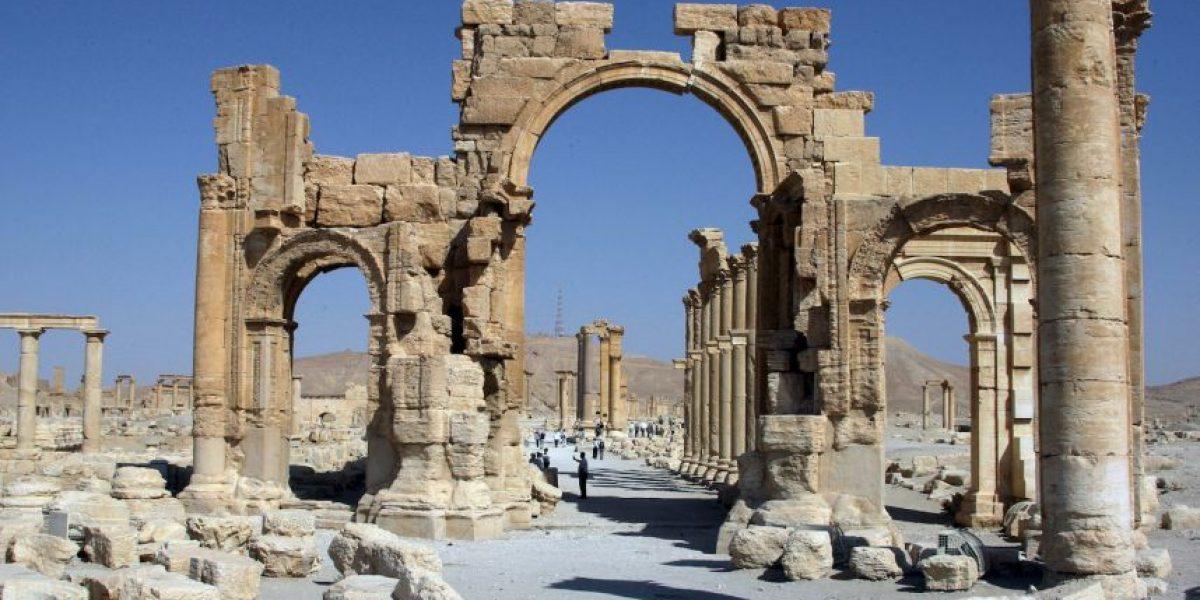 En respuesta a los bombardeos rusos, ISIS destruye otro templo de dos mil años