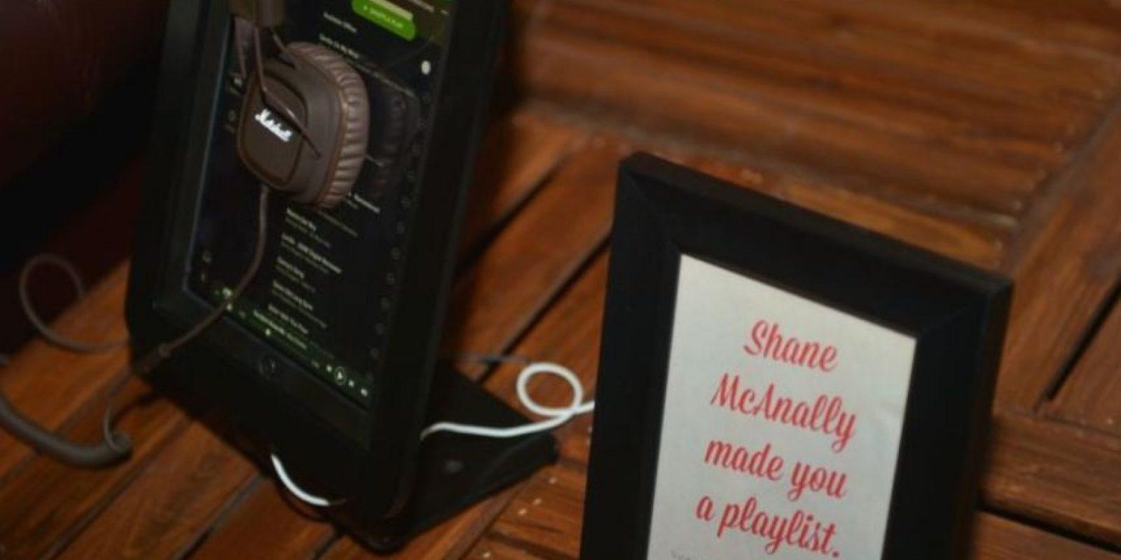 Actualmente, las disqueras como Universal Music están presionando a la app para disminuir su servicio gratuito. Foto:Getty Images