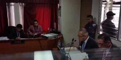 #BufeteImpunidad Hijo de exjueza Marta Sierra rinde declaración