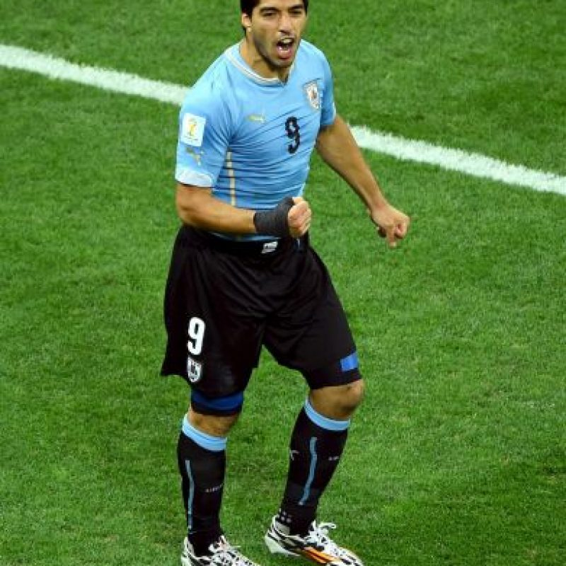 """""""Lucho"""" tiene cuatro partidos aún de suspensión, pero a su regreso, se espera que sea la figura de Uruguay y que brille tanto como lo ha hecho en Barcelona. Foto:Getty Images"""