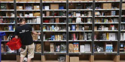 El envío económico es gratis, pero tarda más en llegar. Foto:Getty Images