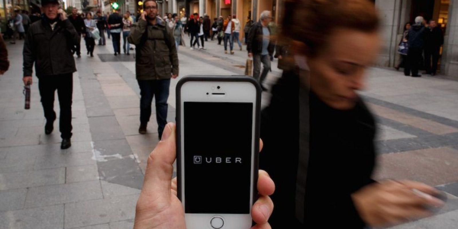 Uber tiene diversos cargos extra que deben conocer. Foto:Getty Images