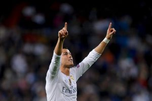 """""""AS"""", por ejemplo, asegura que Florentino Pérez, el presidente del club merengue, tiene una predilección por Gareth Bale, que le molesta al portugués. Foto:Getty Images"""
